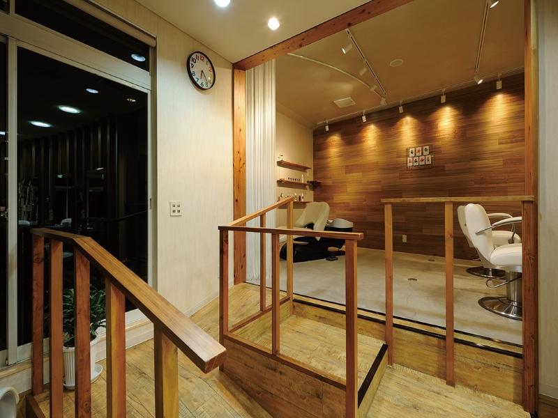 美容室のスロープとシャンプー台のデザイン