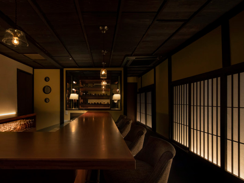古民家を改築した日本酒&ワインバー