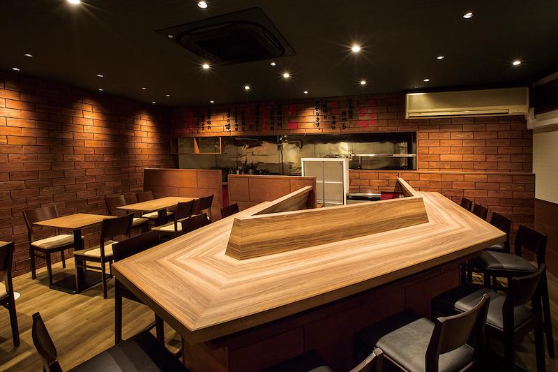 店舗の内装で使用される木材の種類の一覧と特徴