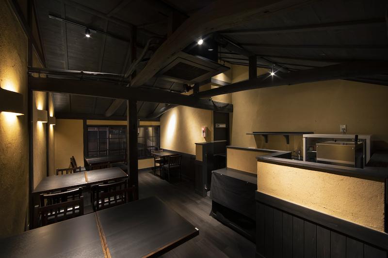 和モダンな日本伝統の家具を使う