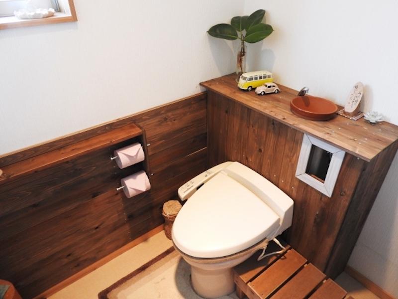 店舗のトイレの内装