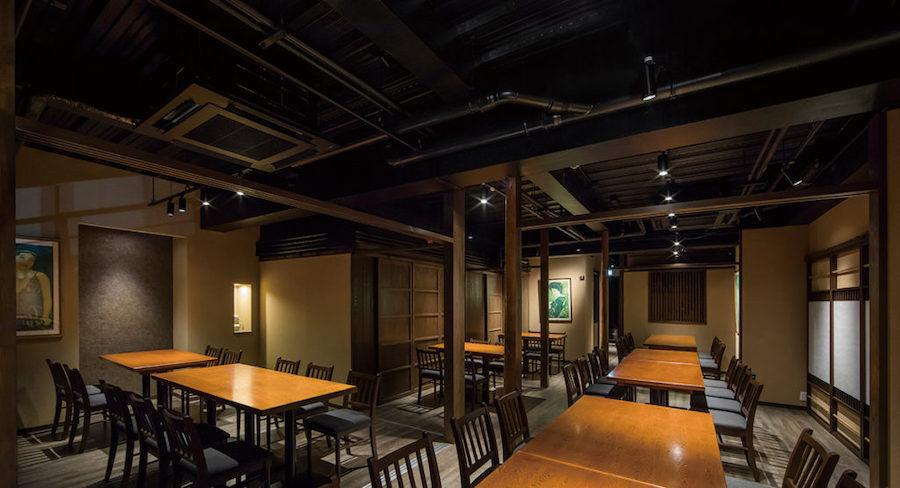 和モダンなレストランの店舗デザイン設計