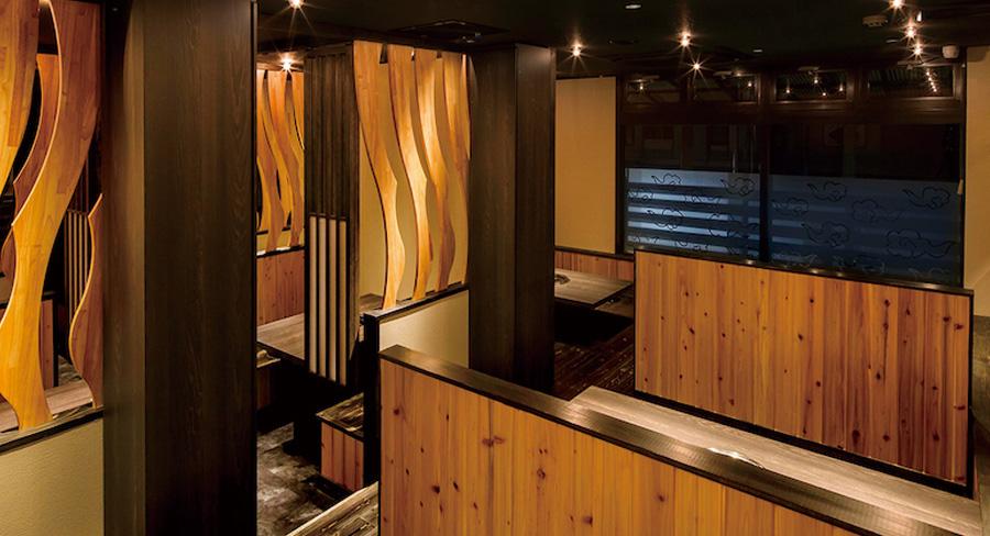 木材を使った居酒屋のデザイン