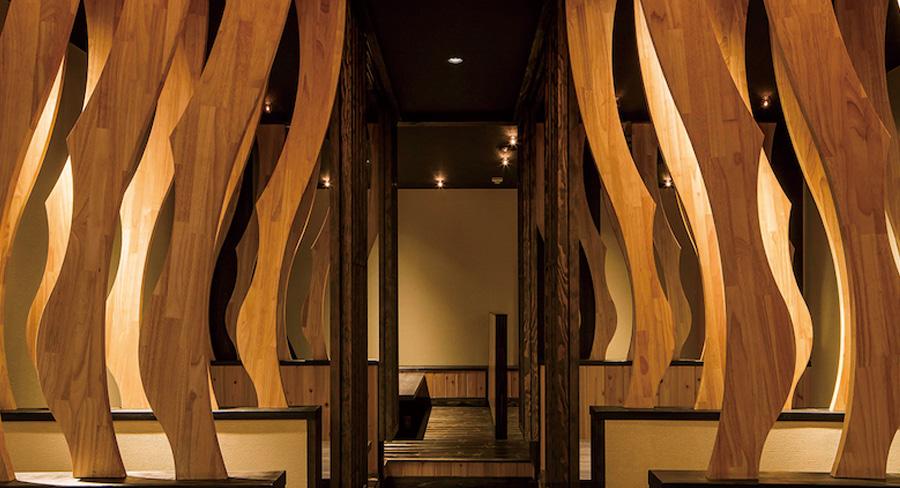 木材をたくさん使った飲食店の内装デザイン