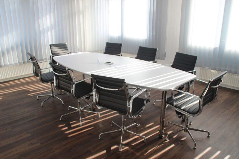 オフィスの床材の配色